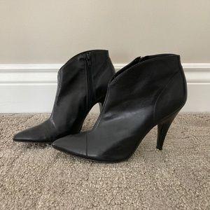 BCBG ankle boots size 7.5
